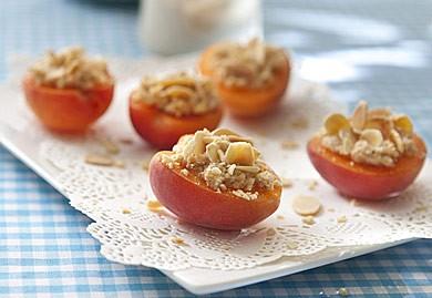 Abricots farcis amandine