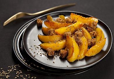 Poêlée d'abricots au pain d'épices et à l'anis vert